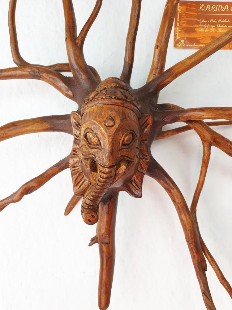 Baumwurzel mit Ganeshakopf, 40cm