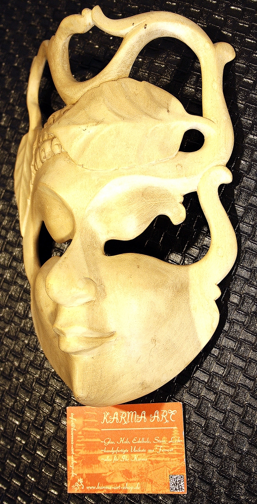 Hibiscus Mask 10inch